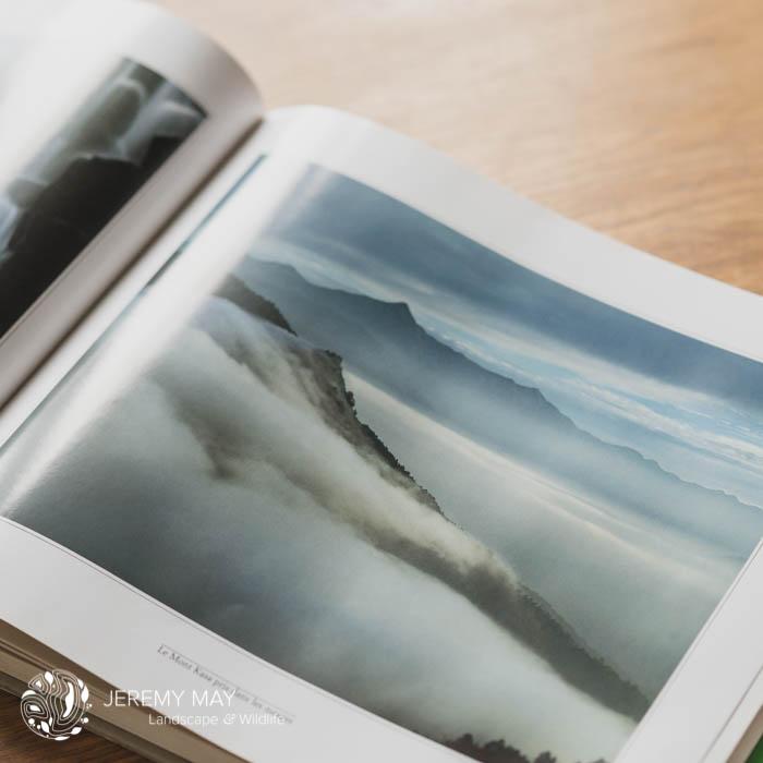 Titre : Le Mont Kasa pris dans les nuages de Shinzo Maeda