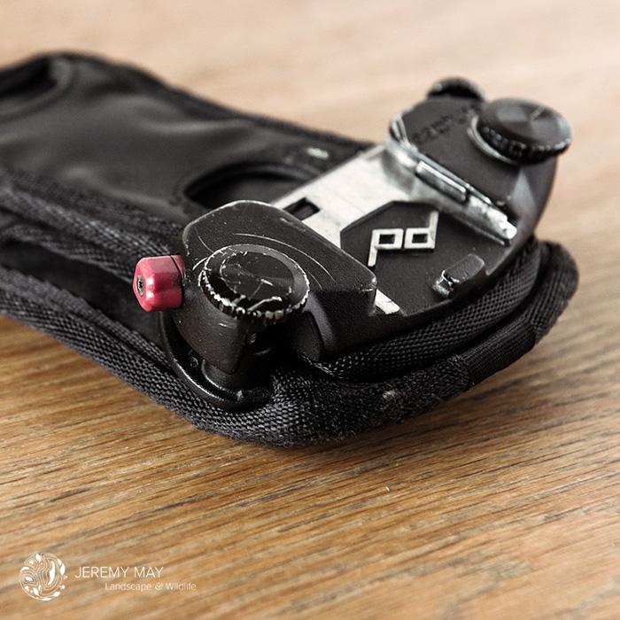 Le Capture Pro installé sur le Pro Pad, sur la gauche, la gâchette rouge permet l'extraction de l'appareil photo.